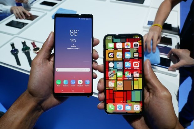 Nguoi tieu dung van hao hung iPhone 2018 hon Galaxy Note 9 hinh anh 1