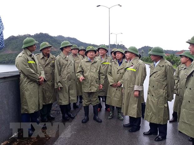 PTT Trinh Dinh Dung: Dam bao an toan cho nguoi dan khi bao so 4 do bo hinh anh 1