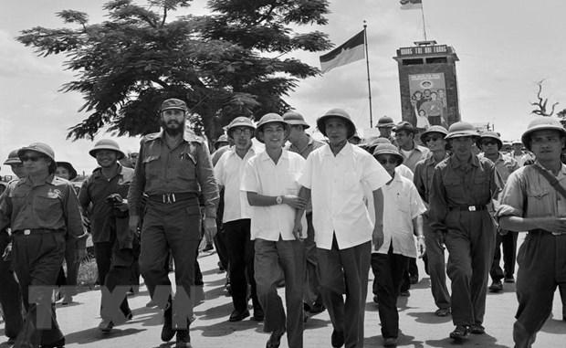 Chuyen tham cua lanh tu Fidel: Bieu tuong cua tinh doan ket thuy chung hinh anh 1