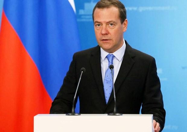 Thu tuong Medvedev: EU thiet hai 100 ty euro do trung phat Nga hinh anh 1