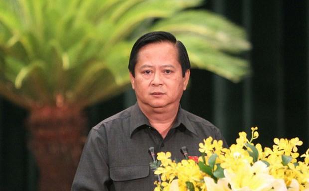 Bat tam giam nguyen Pho Chu tich UBND TP.HCM Nguyen Huu Tin hinh anh 1