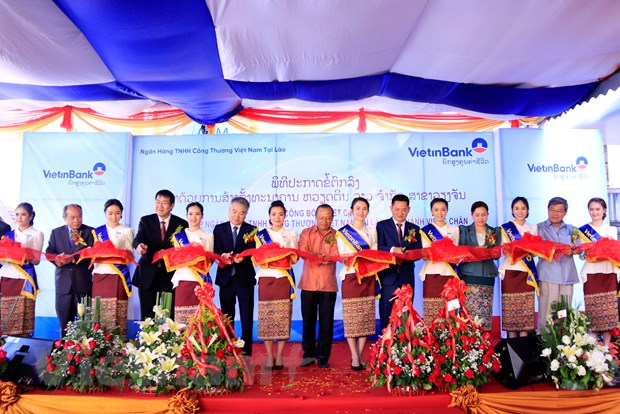 VietinBank Lao to chuc le khai truong Chi nhanh Vientiane hinh anh 1