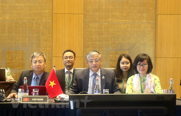 Viet Nam tham du Hoi nghi Bo truong Lao dong ASEAN lan thu 25 hinh anh 1