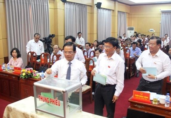 Hoi dong nhan dan tinh Quang Ngai cong bo ket qua lay phieu tin nhiem hinh anh 1
