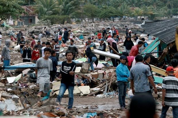 Song than tai Indonesia: So nguoi thiet mang tang manh len gan 300 hinh anh 1