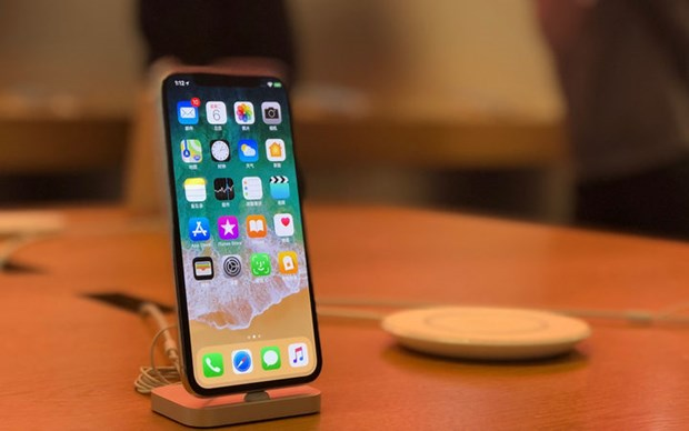 CEO Apple Tim Cook du bao dat doanh thu ky luc tai Viet Nam hinh anh 1