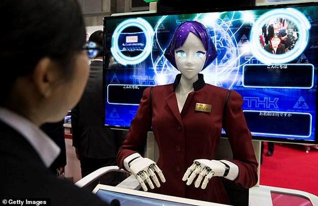 Nhat Ban trien khai nu robot don khach den voi The van hoi 2020 hinh anh 1