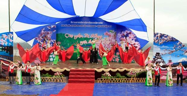 Su kien Hoa Anh Dao-Pa Khoang 2019 thu hut hang nghin du khach hinh anh 1