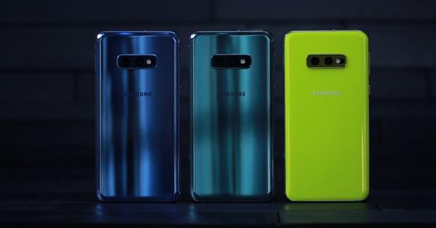 CNBC: Samsung dang mac nhung sai lam nhu Apple voi Galaxy S10 hinh anh 2