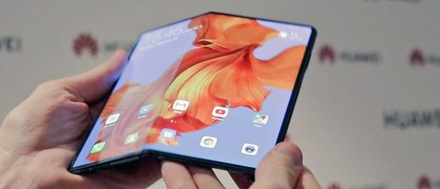 Huawei thach thuc Samsung voi mau dien thoai gap Mate X 5G hinh anh 1