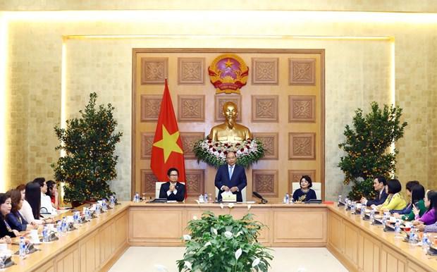 Thu tuong Nguyen Xuan Phuc gap mat cac nu doanh nhan tieu bieu hinh anh 1