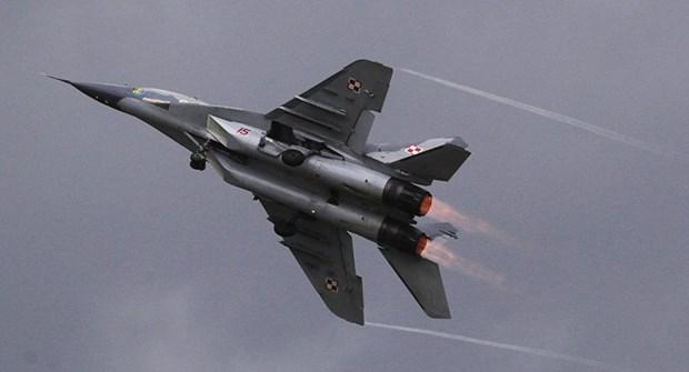 May bay quan su MiG-29 cua Ba Lan roi ngay sau khi cat canh hinh anh 1