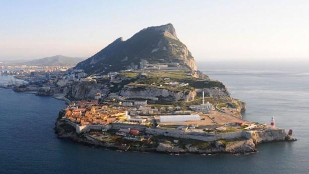 Tay Ban Nha, Anh ky thoa thuan thue quan doi voi Gibraltar hinh anh 1
