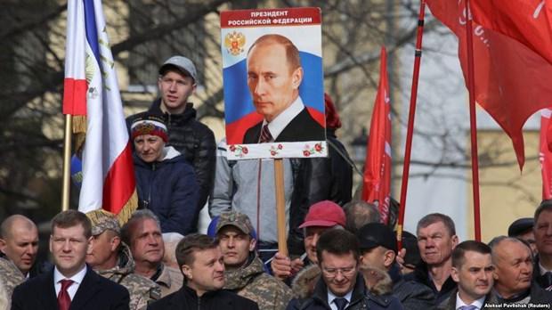 Tong thong Putin tham Crimea nhan dip 5 nam ngay sap nhap vao Nga hinh anh 1