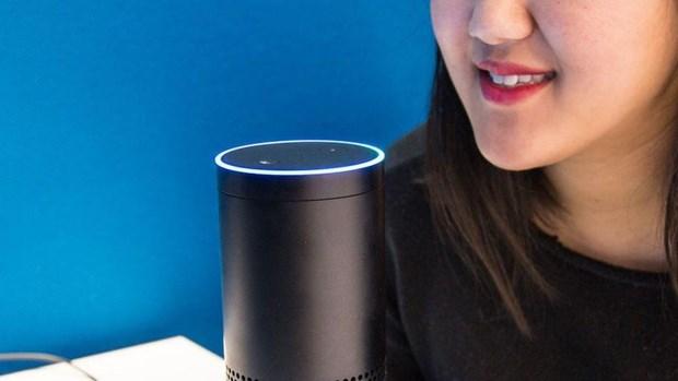 Amazon thue hang nghin nguoi giup cai thien tro ly ao Alexa hinh anh 1