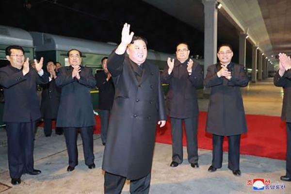 KCNA: Nha lanh dao Trieu Tien Kim Jong-un len duong tham Nga hinh anh 1