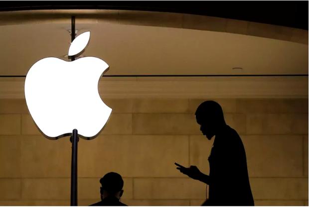 Apple bi doi boi thuong 1 ty USD vi bat trom nham nguoi o Apple Store hinh anh 1
