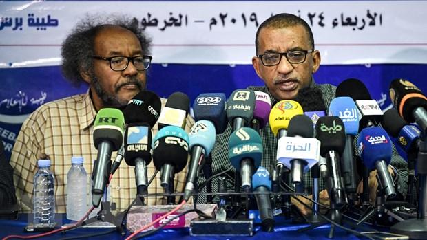 Sudan: Dam phan ve thanh lap hoi dong cam quyen chung van tiep dien hinh anh 1