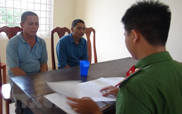 Quang Binh: Khoi to 5 doi tuong pha rung Truong Son hinh anh 1