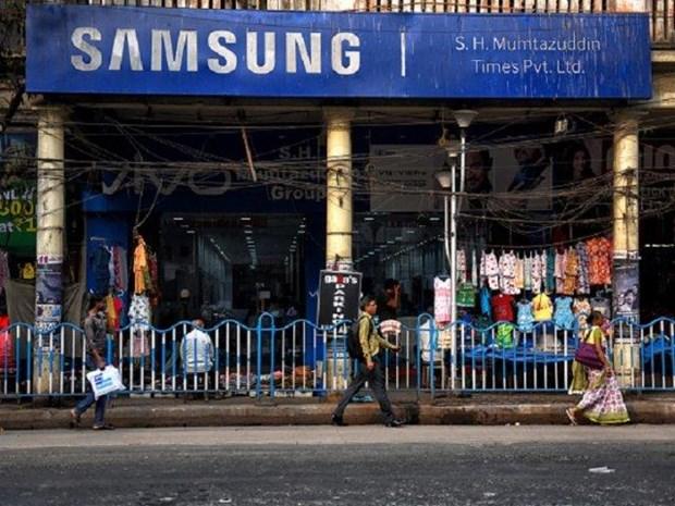 Samsung lay lai ngoi dau thi truong dien thoai cao cap o An Do hinh anh 1