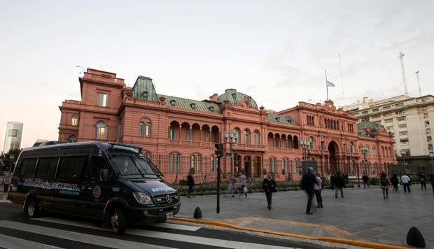 Argentina: Phu Tong thong va tru so Ha vien bi de doa danh bom hinh anh 1