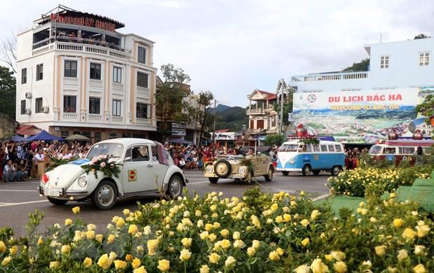 Khai mac festival vo ngua cao nguyen trang Bac Ha nam 2019 hinh anh 2