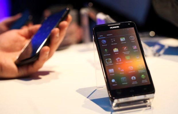 Chuyen gia: Samsung, Apple co the huong loi tu lenh cam van Huawei hinh anh 1