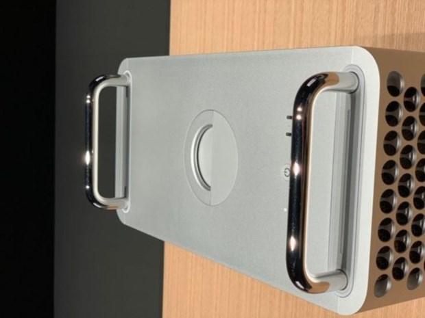 Ai se la khach hang cua 'sieu pham' MacBook Pro moi ra mat cua Apple? hinh anh 3