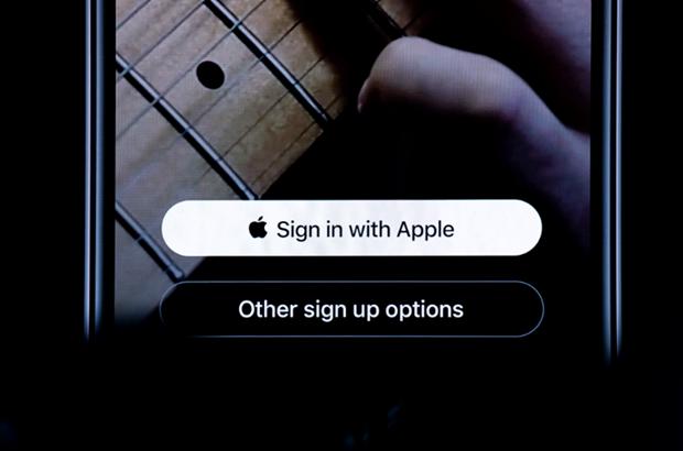 Apple yeu cau dat nut