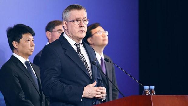 Giam doc Huawei: