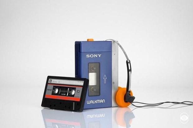 Ky niem 40 nam ra doi Sony Walkman: Chiec may thay doi cach nghe nhac hinh anh 1