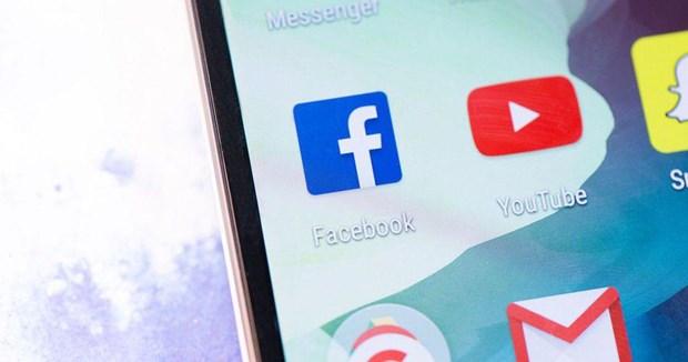 Facebook, YouTube no luc chong lai nhung noi dung giat gan ve suc khoe hinh anh 1