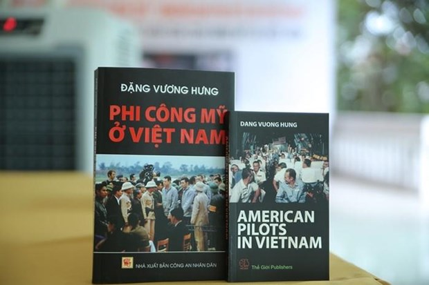 Van dong suu tam ky vat-tu lieu cua cuu chien binh Viet Nam va My hinh anh 1