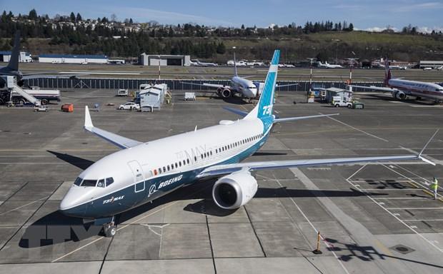 CEO Boeing canh bao co the 'tam ngung san xuat' mau may bay 737 MAX hinh anh 1