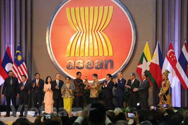 Pho Thu tuong Pham Binh Minh tham du Le ky niem 52 nam thanh lap ASEAN hinh anh 1