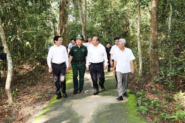 Pho Thu tuong Truong Hoa Binh tham vung chien khu cach mang Tay Ninh hinh anh 1