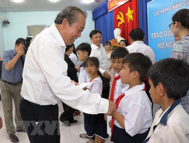 Pho Thu tuong Truong Hoa Binh tham vung chien khu cach mang Tay Ninh hinh anh 2