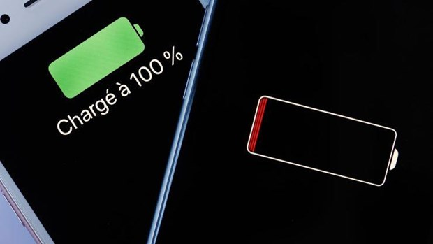 Vi sao Apple khong muon nguoi dung thay pin iPhone khong chinh hang? hinh anh 1