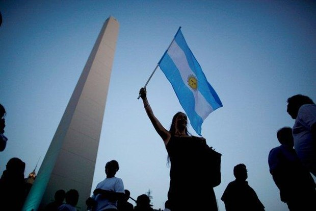 Ung cu vien tong thong Argentina danh gia trien vong kinh te hinh anh 1
