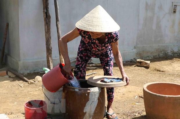Phu Yen: Khan truong cap nuoc sinh hoat cho nguoi dan vung han nang hinh anh 1