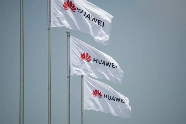 My nhan duoc hon 130 don xin cap phep ban hang cho Huawei hinh anh 1