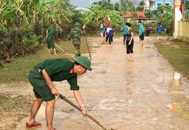Quang Binh: Nuoc lu rut dan, cac dia phuong gap rut khac phuc hau qua hinh anh 1