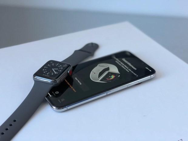 Chuyen gia: iPhone 2019 se khong co tinh nang sac khong day hai chieu hinh anh 1