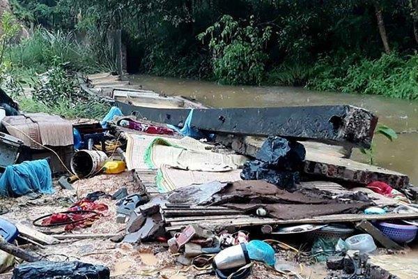Thai Nguyen: Sap tuong do mua lon trong dem lam 3 nguoi tu vong hinh anh 1
