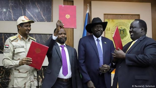 Sudan: Chinh phu va phe doi lap ky tuyen bo hoa binh lich su hinh anh 1