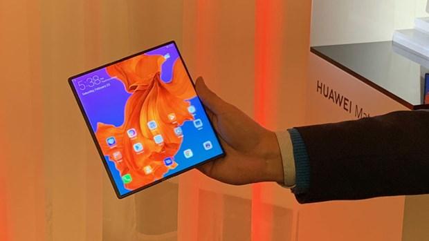 Huawei phat hanh dien thoai man hinh gap 5G Mate X o Trung Quoc hinh anh 1