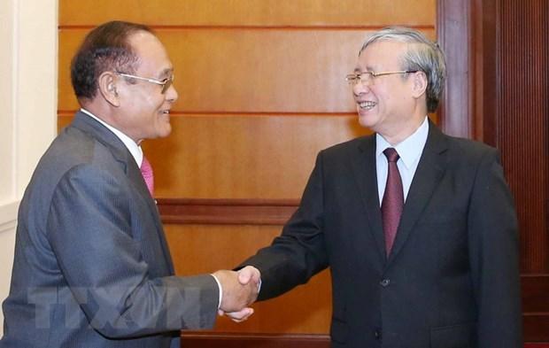 Thuong truc Ban Bi thu tiep Doan dai bieu cap cao Campuchia hinh anh 1