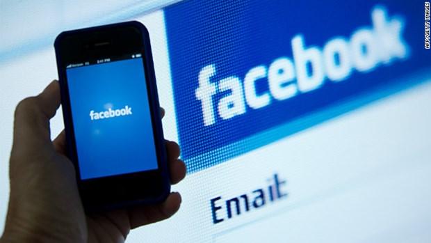 Facebook la ung dung di dong duoc tai ve nhieu nhat trong 10 nam qua hinh anh 1