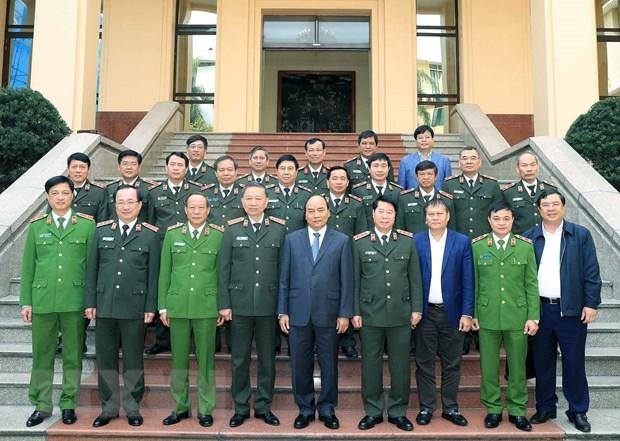 Thu tuong Nguyen Xuan Phuc du Hoi nghi Dang uy Cong an Trung uong hinh anh 2