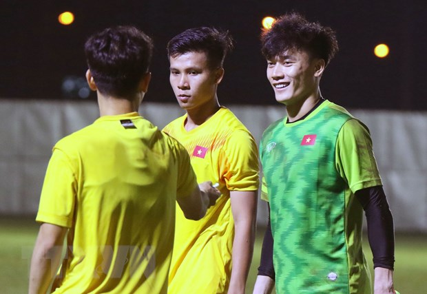 VCK U23 chau A 2020: Bui Tien Dung sung suc, Dinh Trong da chinh hinh anh 1